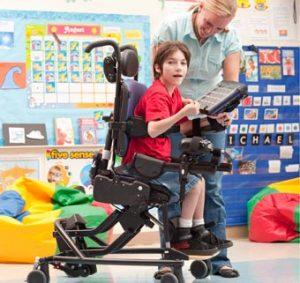 Consiga una mejor sedestación en niños con parálisis cerebral - Rehagirona