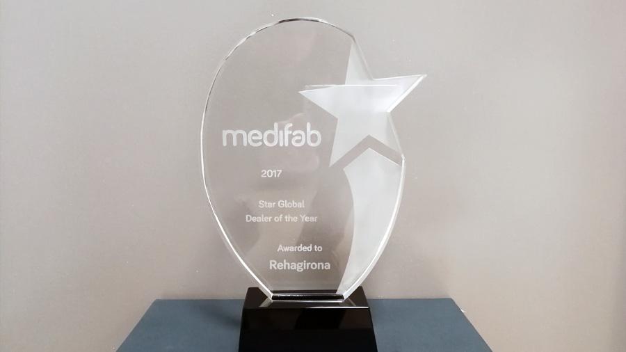 """Muchas gracias a Medifab por concedernos el premio """"Star Global Dealer of the Year"""""""